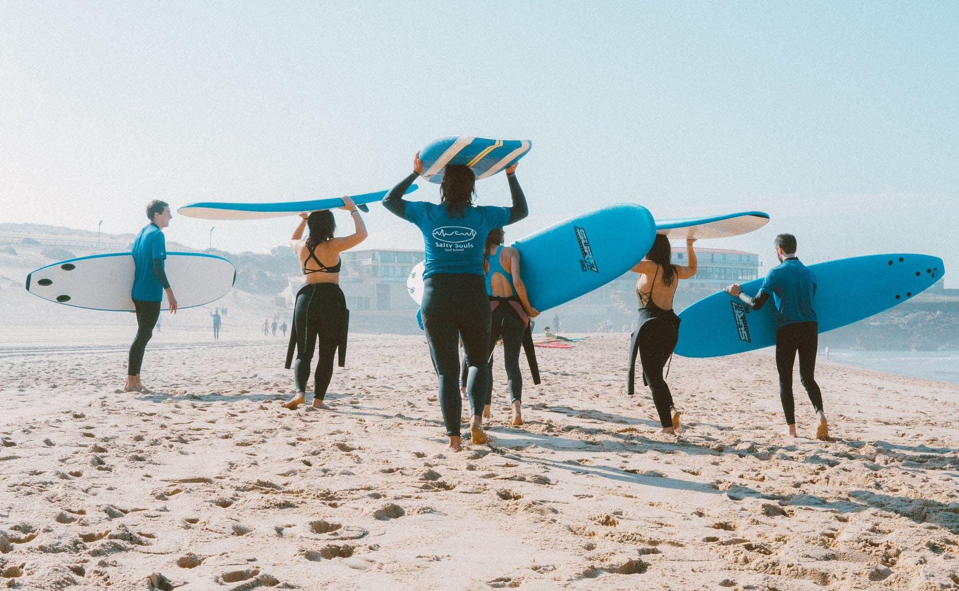 surf-spiaggia-mare-tavole-muta