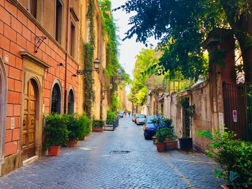 rioni-di-roma-the-parallel-vision-foto-campo-marzio-strade-monumenti-vicoli-via-margutta