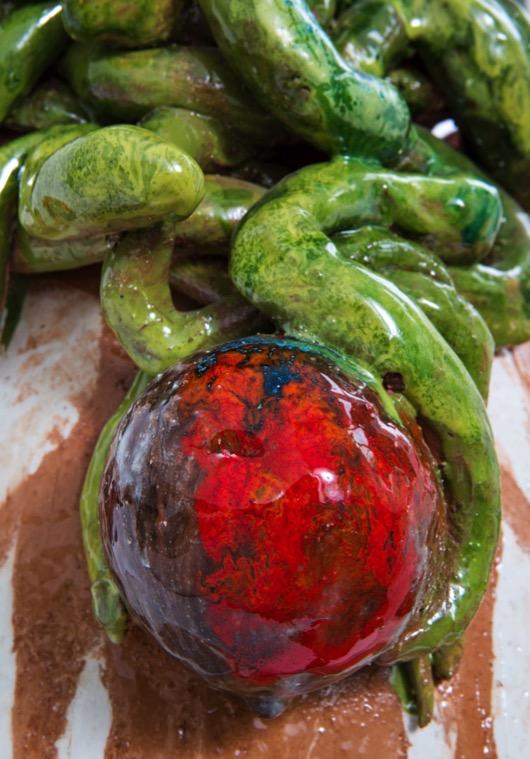 ceramica-scultura-artwork-rosso-red-verde-green-frutto
