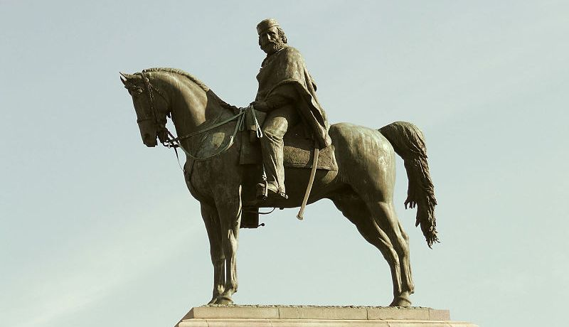 statua-cavallo-cavaliere-garibaldi