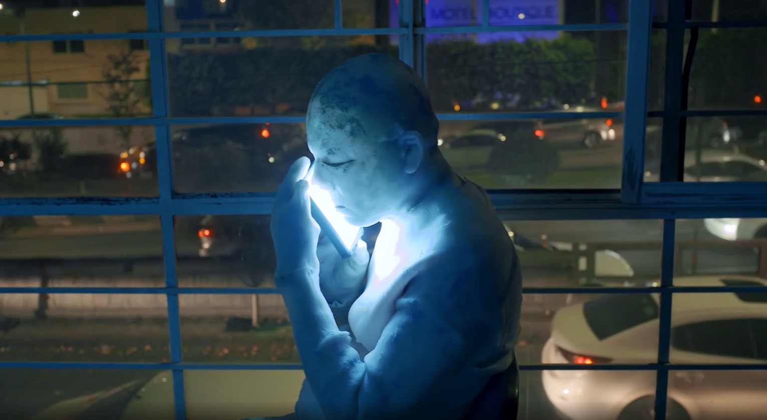 statua-cellulare-blu