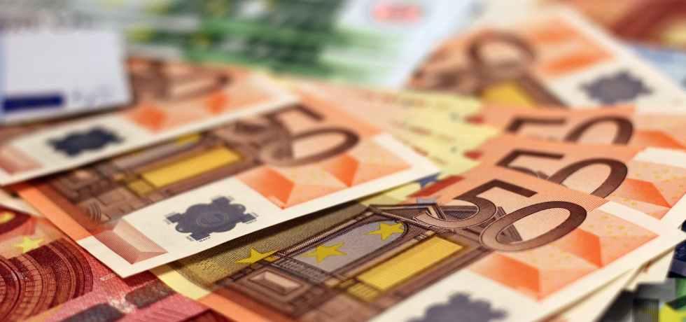 money-soldi-banconote-euro