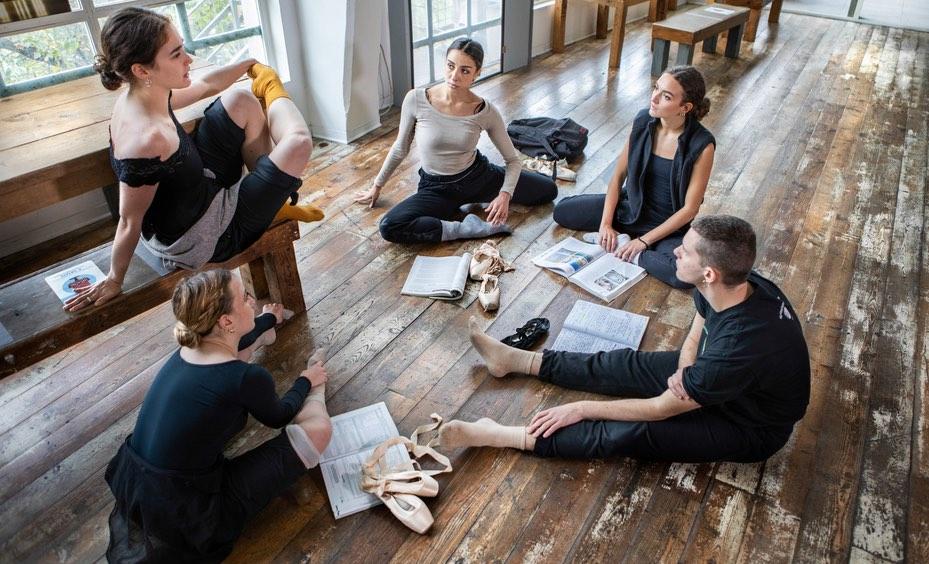 danzatori-danzatrici-legno