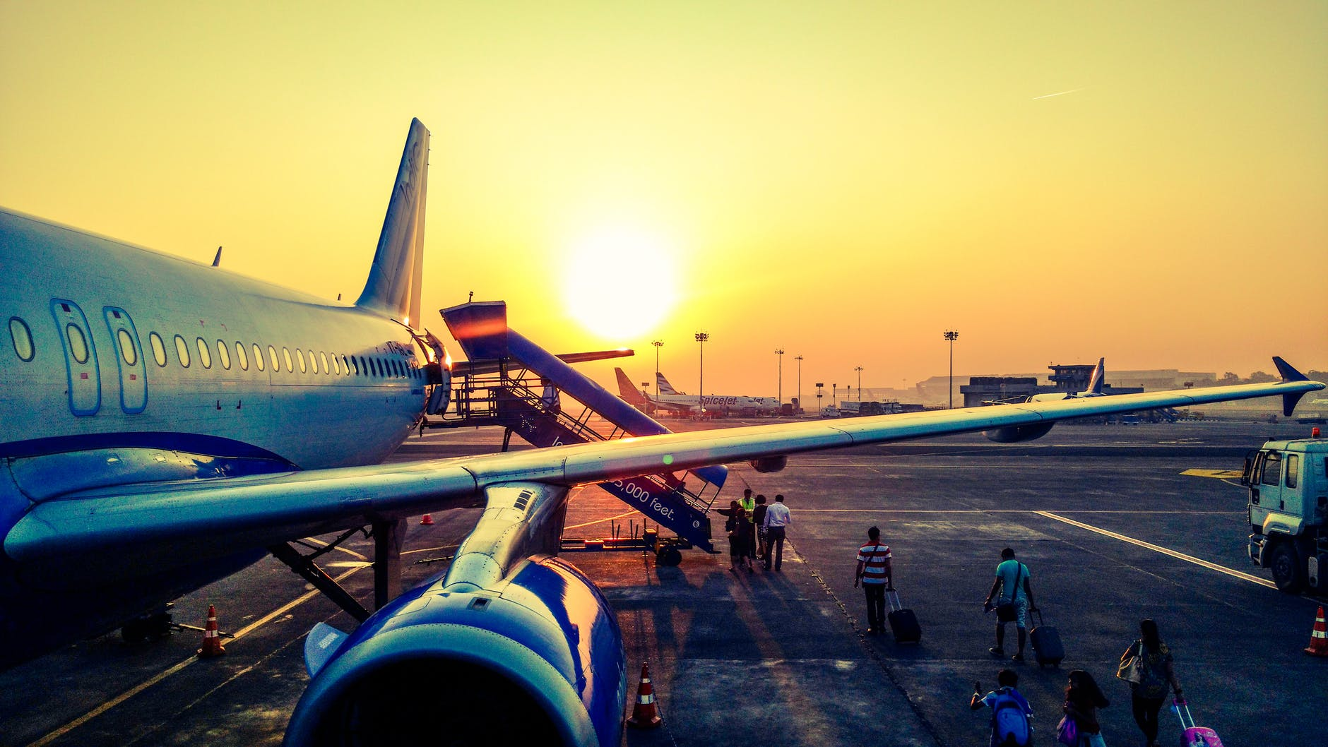 aeroplano-sole-ala-aereo