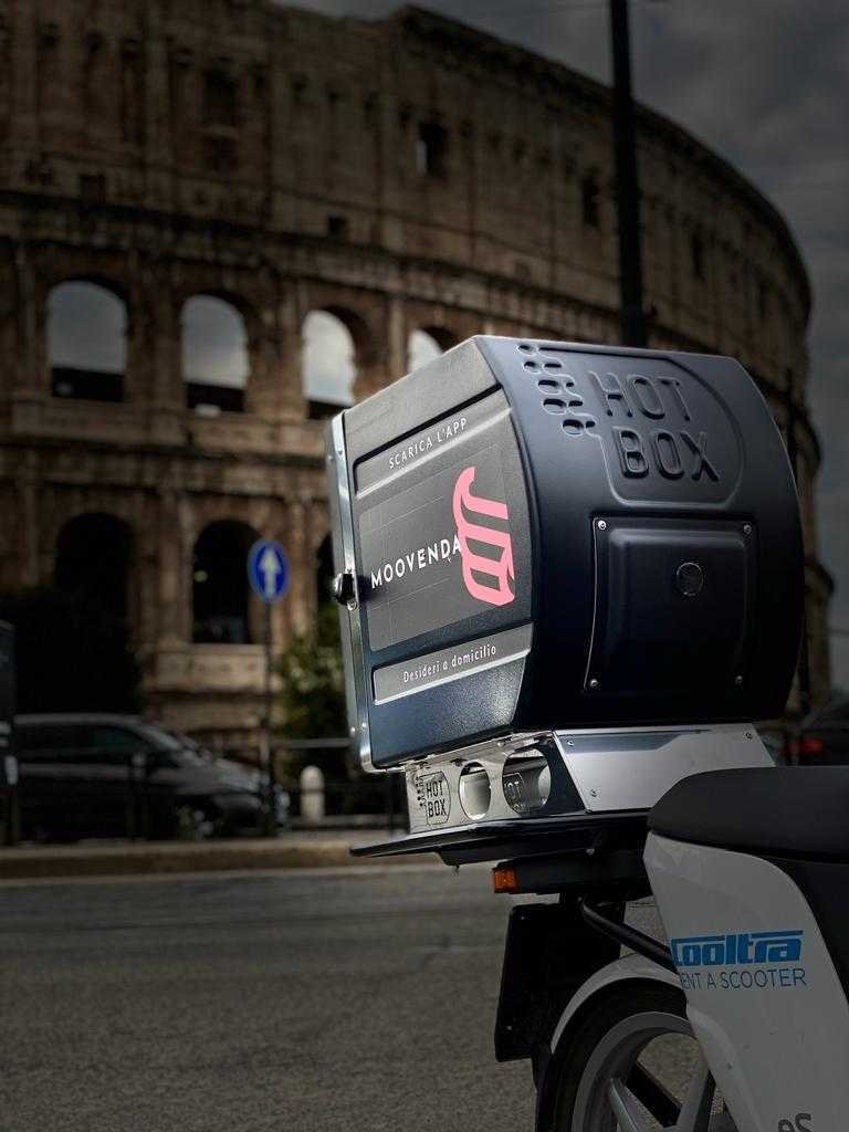 scooter-colosseo-bauletto