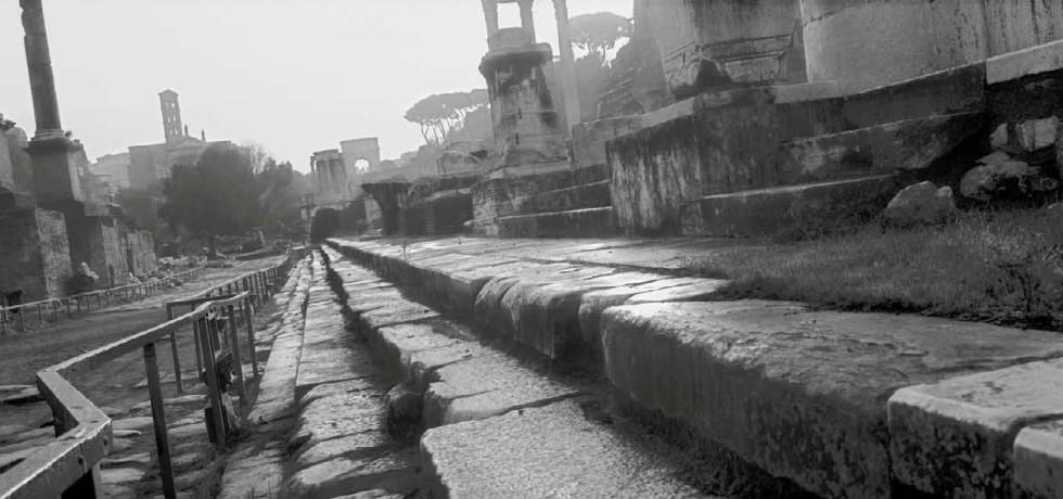 rovine-colonne-scalini