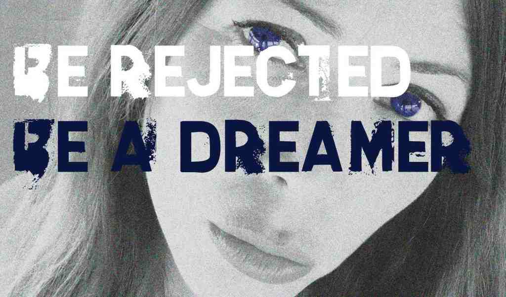ragazza-occhi-labbra-rejected-dreamer