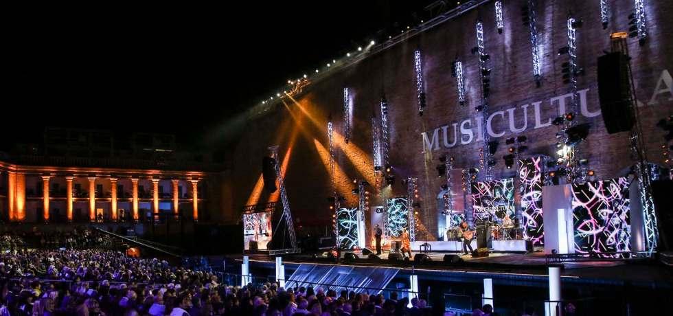 palco-pubblico-luci