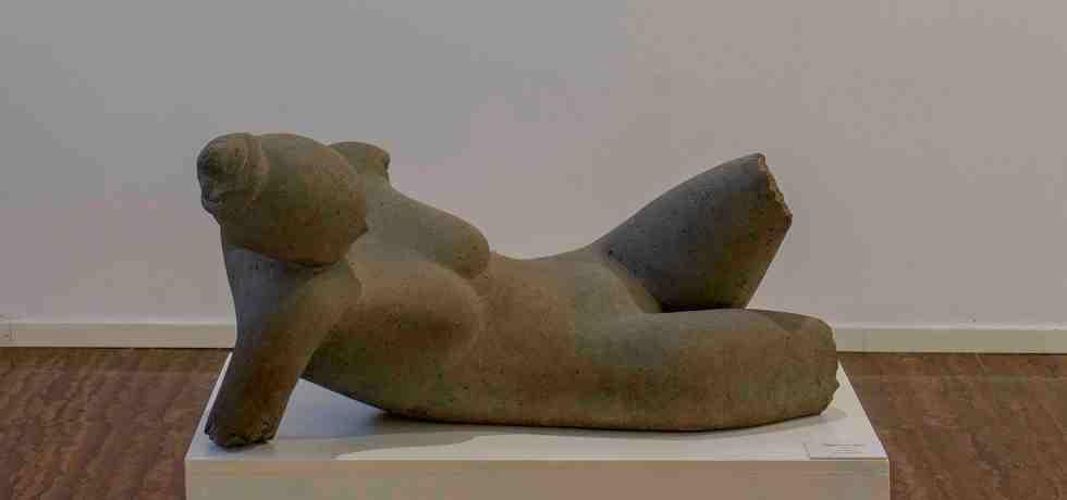 scultura-figura-donna-statua