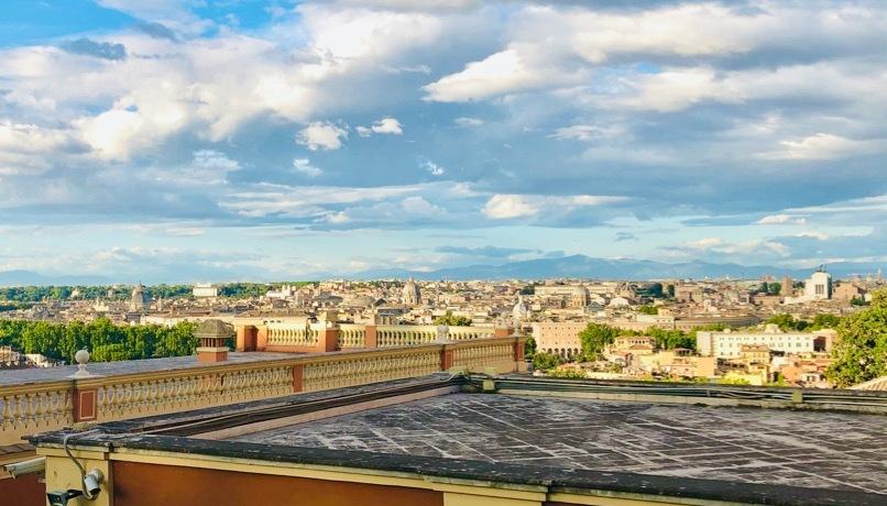 veduta-roma-cielo-palazzi-case-tetti
