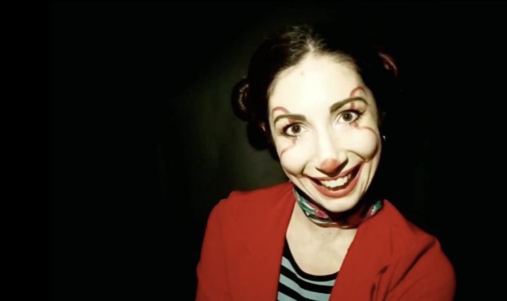 clown-ragazza-rosso