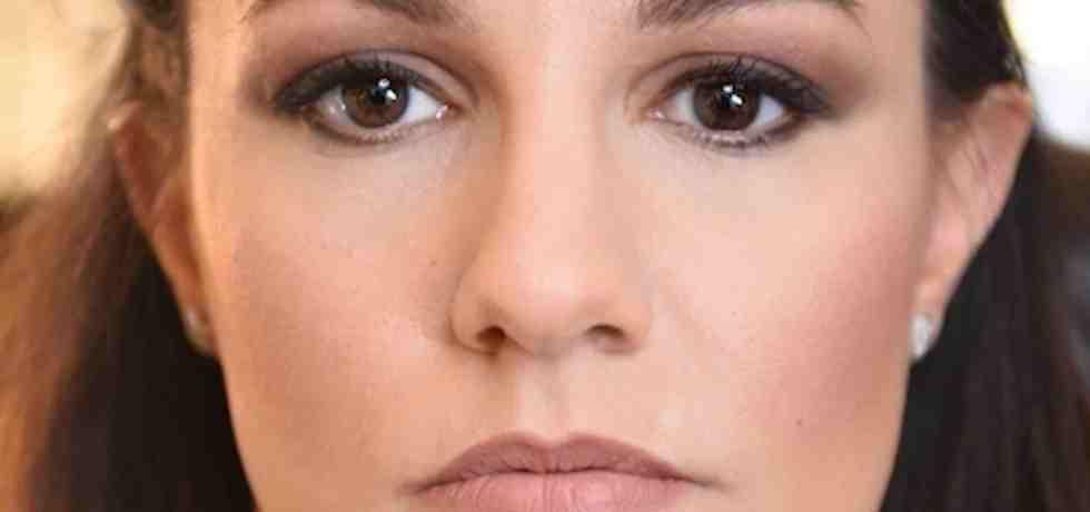 ragazza-viso-occhi
