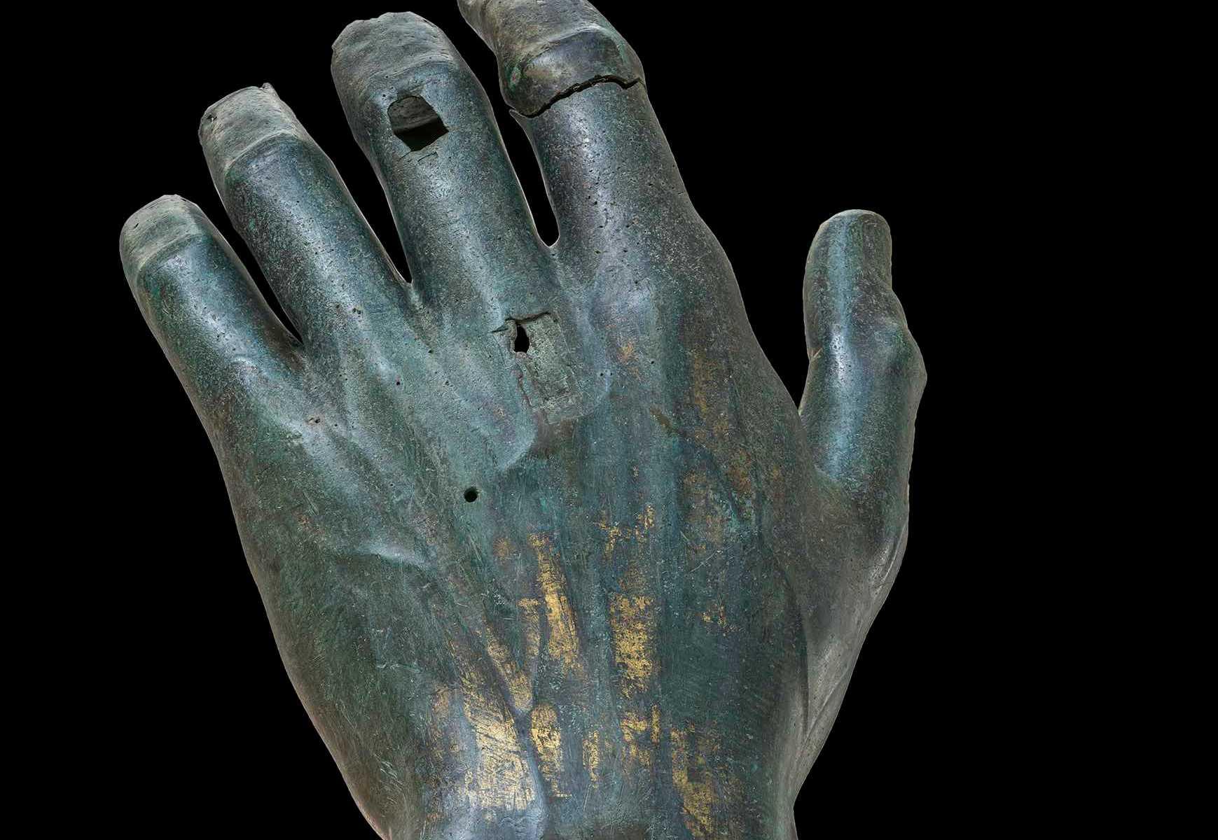 mano-hand-bronzo
