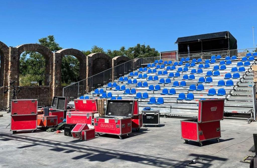 bauli-sedie-posti-arena