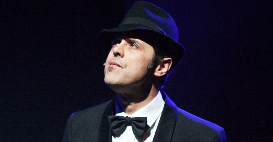 uomo-cappello-smoking