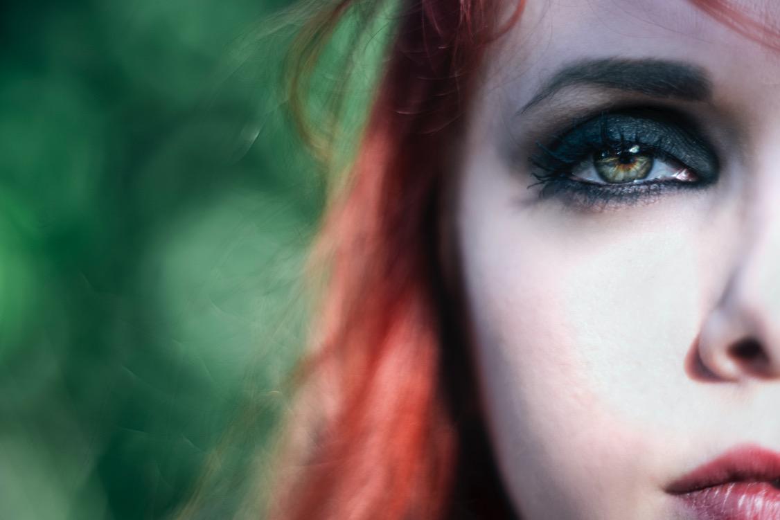 ragazza-capelli-rossi-ginger-red-girl-occhi-verdi