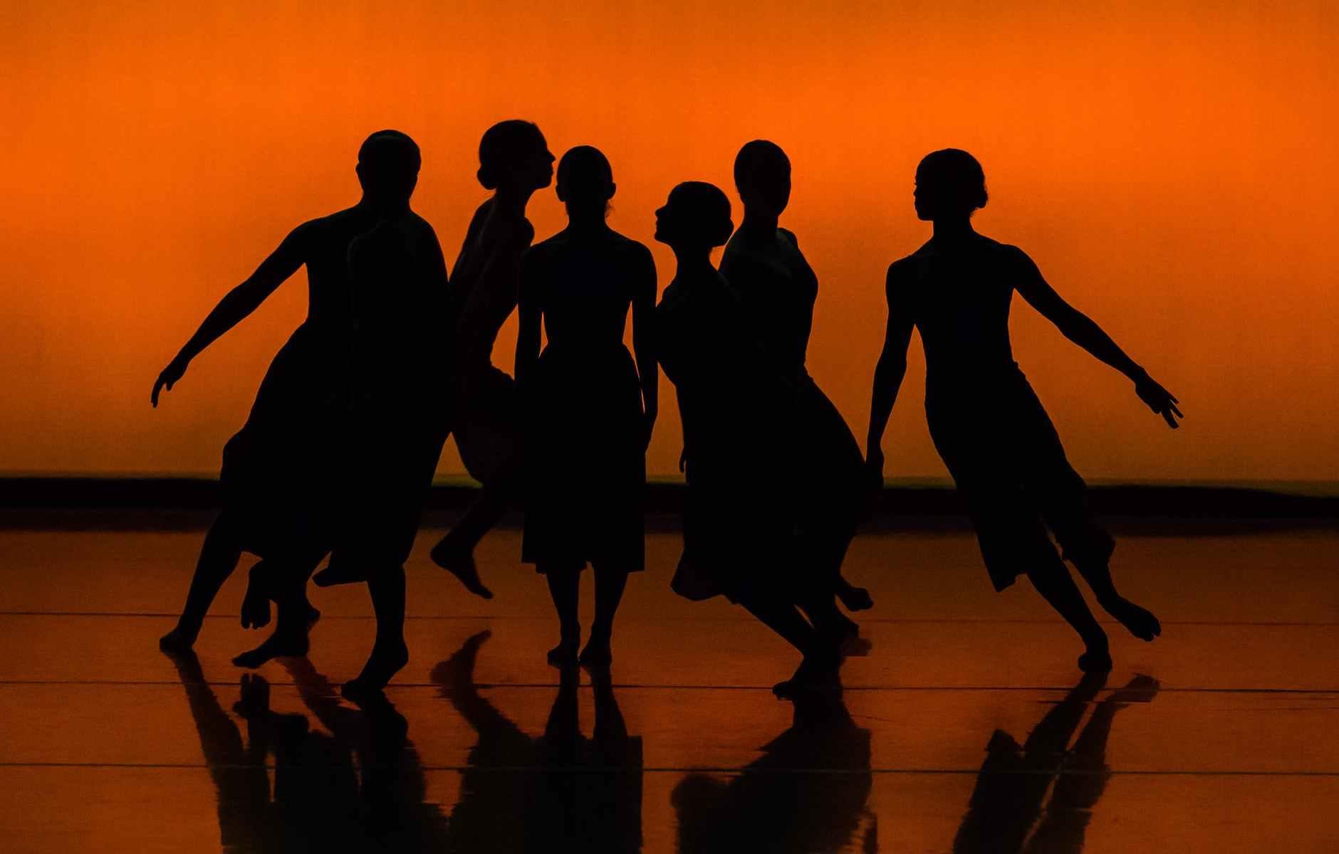 danza-ragazze-profili-ombre