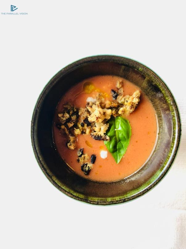 cibo-basilico-recipiente-salsa-aventina