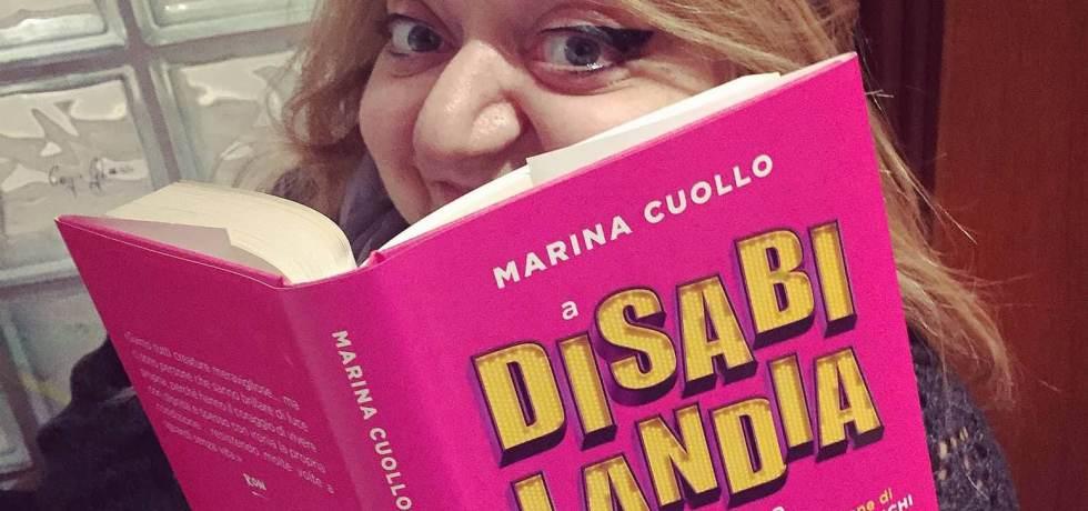 ragazza-libro-sorriso-disabilandia