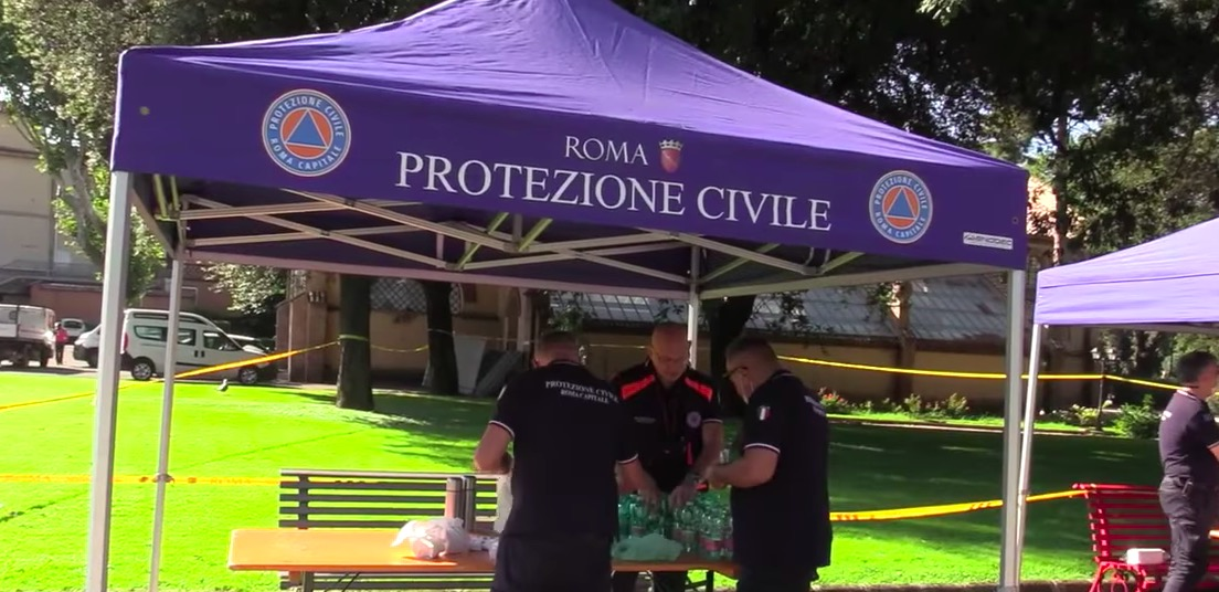protezione-civile-tenda-uomini