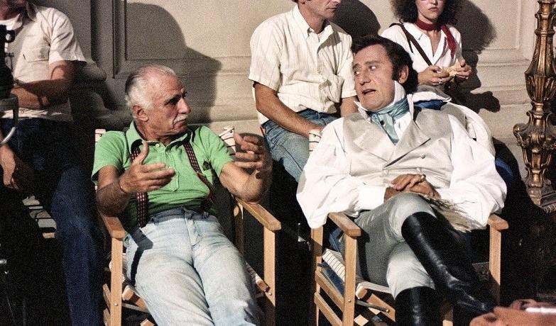 uomini-sedie-stivali