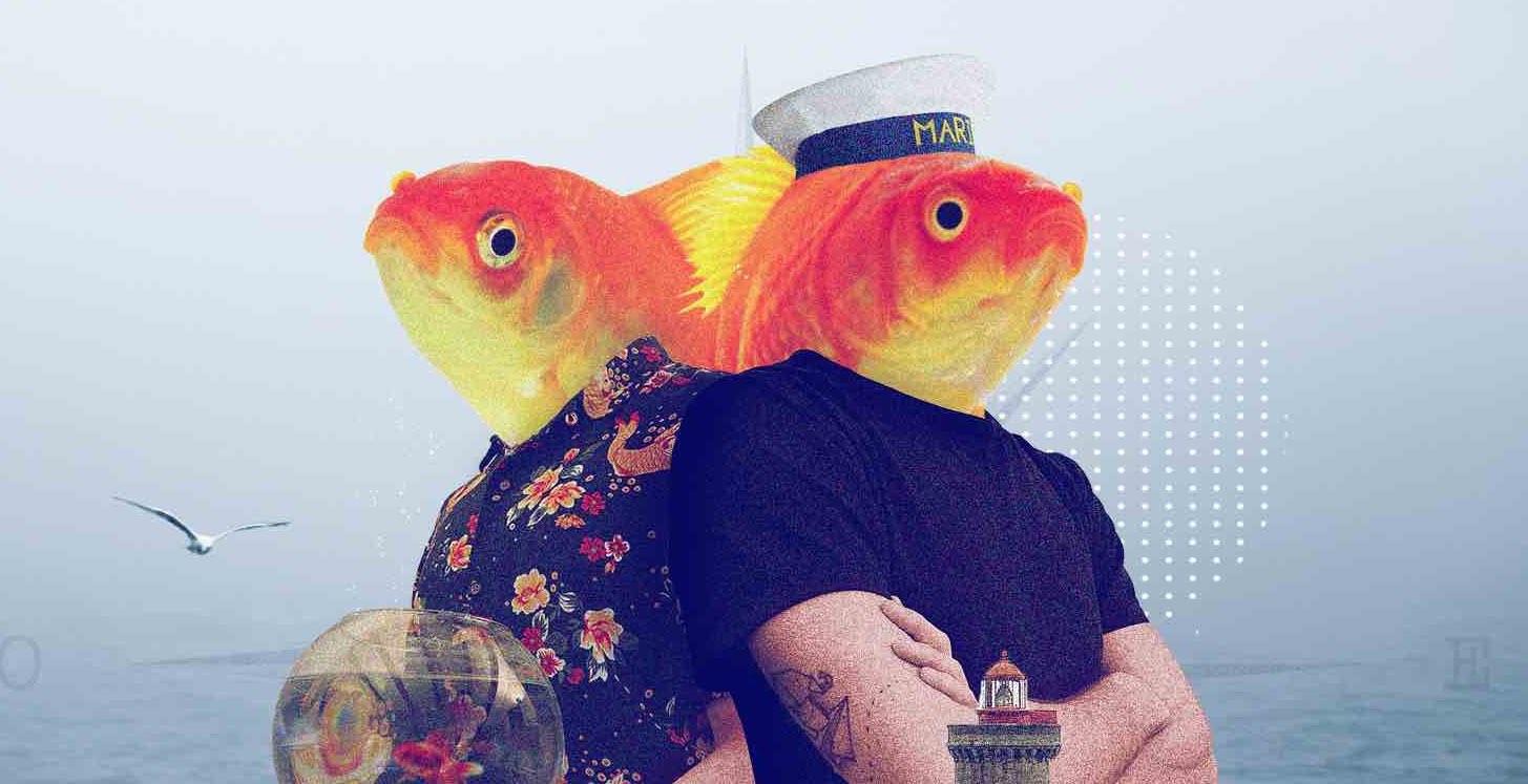 pesci-rossi-ragazzi-mare-boccia-faro